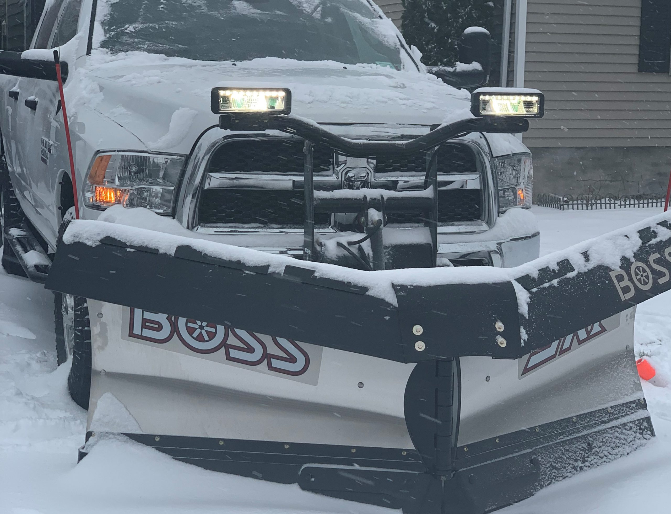 commercial snow plowing, residential snow plowing